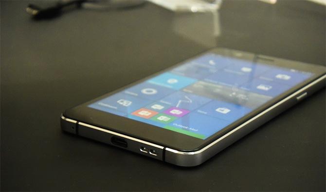 В 2018 году выйдет новый смартфон на базе Windows 10 Mobile